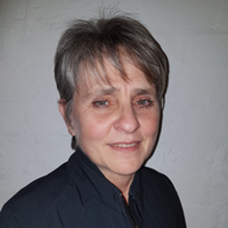 Photo of Dr. Trudie Grundlinght