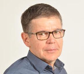 Photo of Dr. Greef Moolman