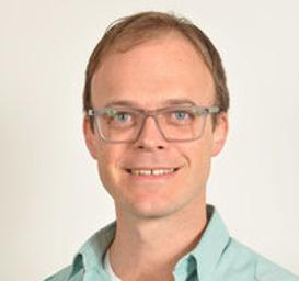 Photo of Dr. Gerhard Krige