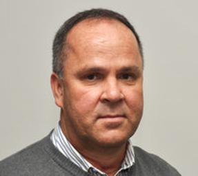 Photo of Dr. Niel Booysen