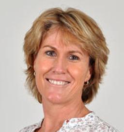 Photo of Dr. Nikki Kennedy