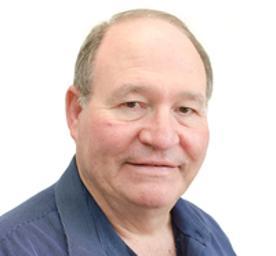 Photo of Dr. Hannes Cornelius