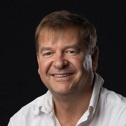Photo of Dr. Anton Prinsloo