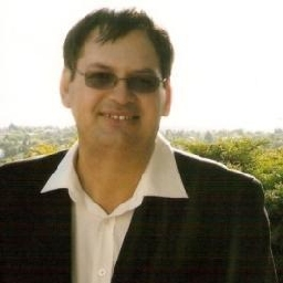 Photo of Dr. Gj (Deon) Louw