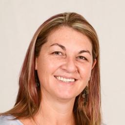 Photo of Dr. Monique Smit