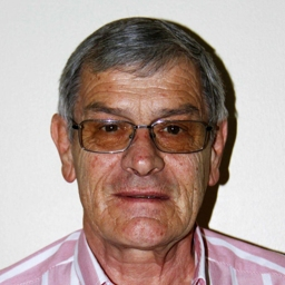 Photo of Dr. Willie Coetzer