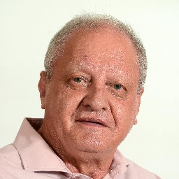 Photo of Dr. Piet van der Westhuizen