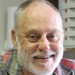 Photo of Dr. Tielman Marais