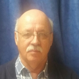 Photo of Dr. JJ Mostert