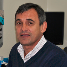 Photo of Dr. Andre Du Plessis