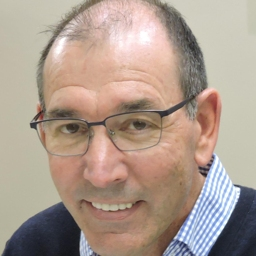 Photo of Dr. Pieter Strydom