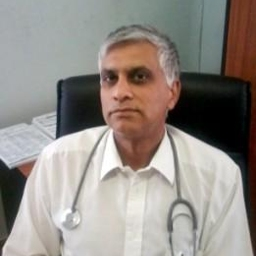 Photo of Dr. Aslaam Mahomed