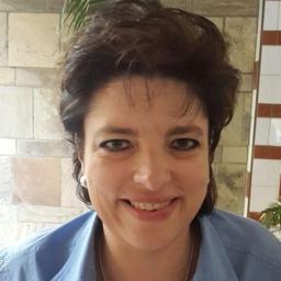 Photo of Dr. Belinda Botha