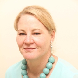 Photo of Dr. Lynn Greenhalgh (MOOT)