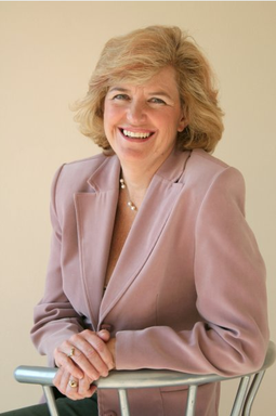 Photo of Dr. Lorraine Becker
